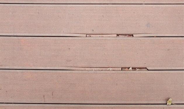 Jak poznat kvalitní terasová prkna